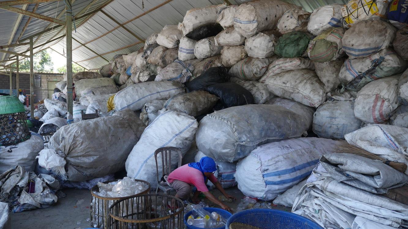 Pengolahan sampah plastik yang aman